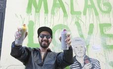 El grafitero TVBoy deja su huella en el Centro de Málaga