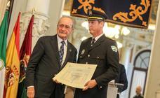 Los nuevos inspectores y subinspectores de Málaga y Mijas reciben sus diplomas
