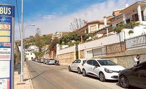 Rescatado un trabajador de 43 años al caer desde un andamio en Málaga