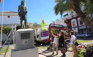 La estatua del marqués del Duero recobra el lustre perdido