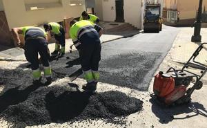 Nueva campaña de asfaltado de calles en Vélez