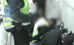 Detenidos los miembros de una banda asentada en Málaga y Sevilla que se hacían pasar por guardias civiles para robar a narcos y empresarios