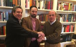 Vox ficha a Gil Lázaro, uno de los fundadores del PP, como cabeza de lista al Congreso por Valencia