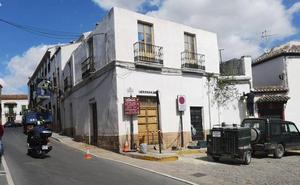 Inician la demolición de un inmueble para ensanchar la calle Armiñán