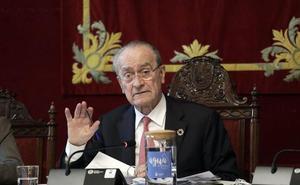 El whatsapp del alcalde de Málaga contesta de forma personalizada a un técnico de IU