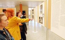 Una exposición sobre 'La Rosa Blanca'