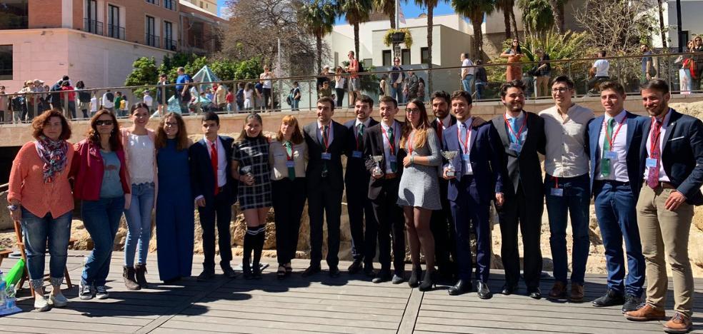 El equipo de la UMA se impone en la VIII edición del Torneo Internacional de Debate