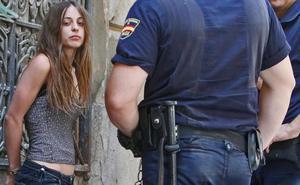El impactante vídeo de cómo encontró la Guardia Civil a la madre de los pequeños asesinados en Godella