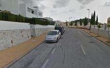 Dos detenidos en Málaga por asaltar a un joven con la técnica del 'mataleón'