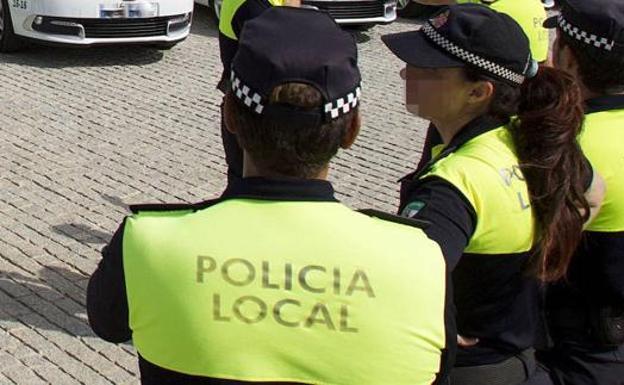 Detenido en Málaga por fracturar la cadera y el fémur a su padre de 84 años