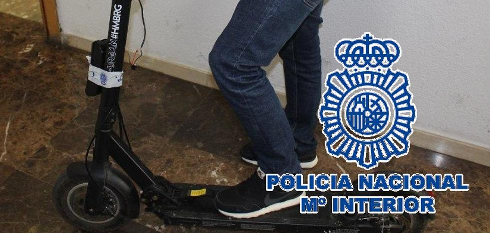 Los robos y el vandalismo acechan a los patinetes de alquiler en Málaga