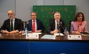 El ministro del Interior dice que el caso de los vertidos está ya en manos de los jueces y que la instrucción está en una «fase incipiente»
