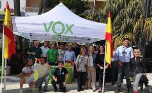 Una intensa campaña en Vox baja
