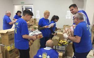 INPAVI ayuda a más de 300 familias malagueñas a través de un reparto de alimentos, ropa y juguetes