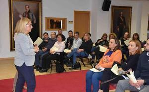 Los concesionarios de Mercacentro en Fuengirola decidirán el futuro del nuevo edificio