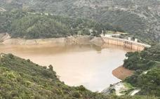La Junta cierra el pantano de La Concepción tras detectar un alga
