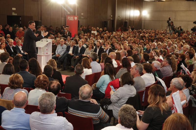 Pedro Sánchez visita Málaga en la precampaña electoral