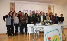 Garzón arropa la presentación de la candidatura de IU a las municipales