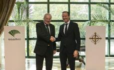 La Agrupación de Cofradías firma con Unicaja un nuevo acuerdo de colaboración