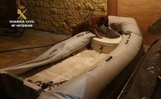 Detienen a 51 personas acusadas de introducir grandes cantidades de hachís desde un narco-embarcadero en Vélez-Málaga