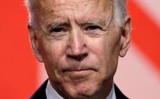 Una segunda mujer acusa al ex vicepresidente de EE UU Joe Biden de trato inapropiado