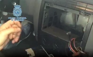 Detenido en La Línea con un «sofisticado» sistema en el coche para ocultar hachís