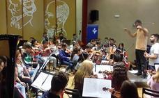Más de 200 alumnos de música y danza reivindican la zarzuela en el Cervantes