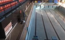 La piscina cubierta de Nerja cumple un año cerrada por deficiencias y sin perspectivas de reabrirse