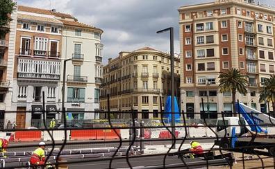 Las nuevas farolas minimalistas llegan a La Alameda de Málaga