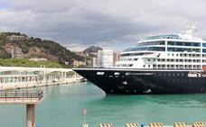 El puerto de Málaga recibirá este mes ocho cruceros de estreno