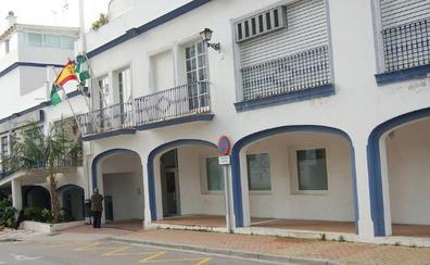 El Ayuntamiento de Estepona oferta nueve plazas de policía local, ingeniero y arquitecto