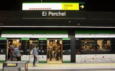 La muestra 'Transfusiones del Extrarradio' llega a 12 estaciones del metro de Málaga