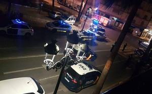 Nueve policías heridos y siete coches patrulla dañados en una persecución con tiros al aire desde Benalmádena a Fuengirola