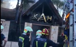 Arde el techo de un restaurante en Marbella cuando estaba vacío