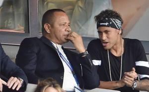 El padre de Neymar niega la salida de su hijo del PSG