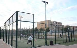 Muere un joven malagueño de 32 años cuando jugaba al pádel en Badajoz