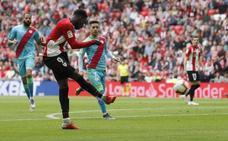 El Athletic retoma sus ansias europeas hundiendo al Rayo