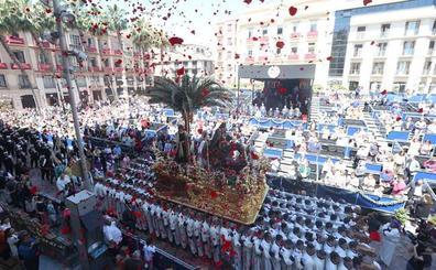 Málaga estrena recorrido oficial con la Pollinica