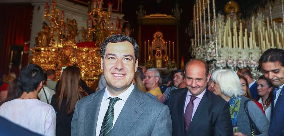 Moreno anuncia una línea de ayudas al patrimonio histórico-artístico de la Semana Santa