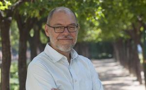Pablo Aranda gana el Premio Las Dalias por el cuento 'Sánchez'