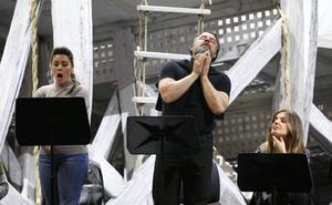 Carlos Álvarez, un regreso «en familia» con 'Otello'