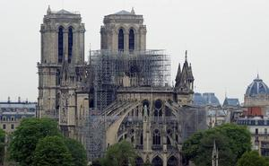 Así ha amanecido Notre Dame tras las llamas