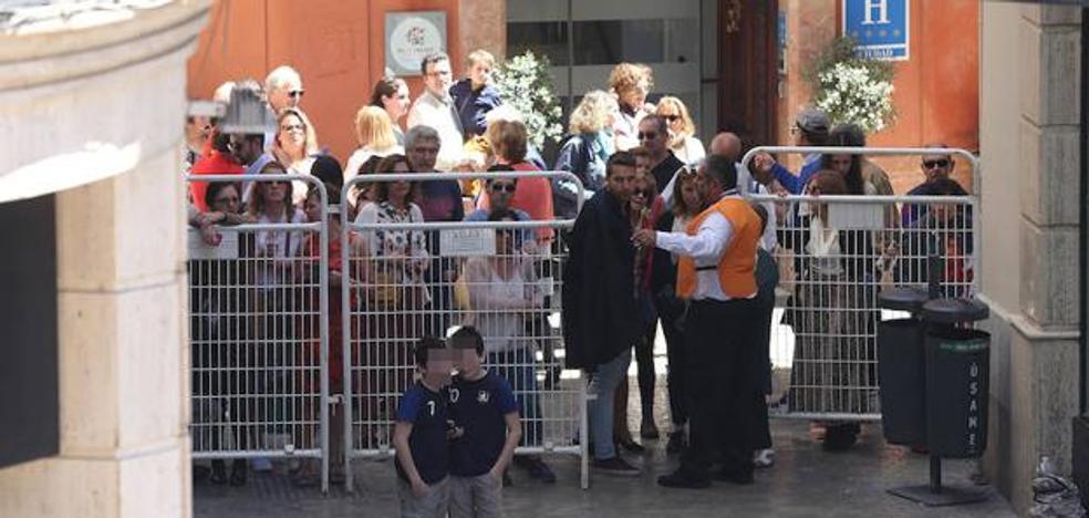 El Ayuntamiento y la Agrupación cambian las vallas tras las protestas ciudadanas