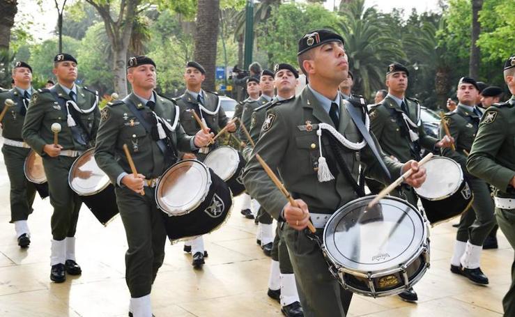 La Brigada Paracaidista en Málaga para acompañar al Cristo de Ánimas de Ciegos