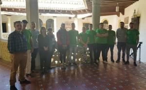 El Ayuntamiento de Casares beca con un curso de jardinería en Sevilla a siete jóvenes