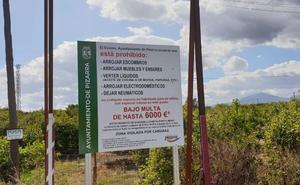 Pizarra multará con hasta 6.000 euros por arrojar escombros