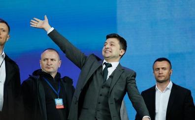 El cómico populista Zelenski gana las elecciones en Ucrania