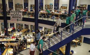Los estudiantes ganan la batalla de las bibliotecas y logran que abran más