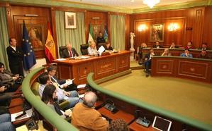El equipo de gobierno de Marbella aprueba su plan financiero para 2019 y 2020 con el respaldo de Podemos
