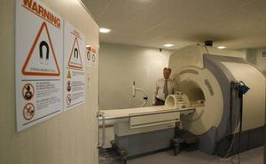 La Junta recuerda que la resonancia magnética del Materno funciona desde el 8 de abril en periodo de formación